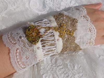 bracelet vielles dentelles